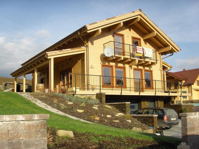 Drevená lepená konštrukcia, lepené lamelové nosníky - Rodinný Dom
