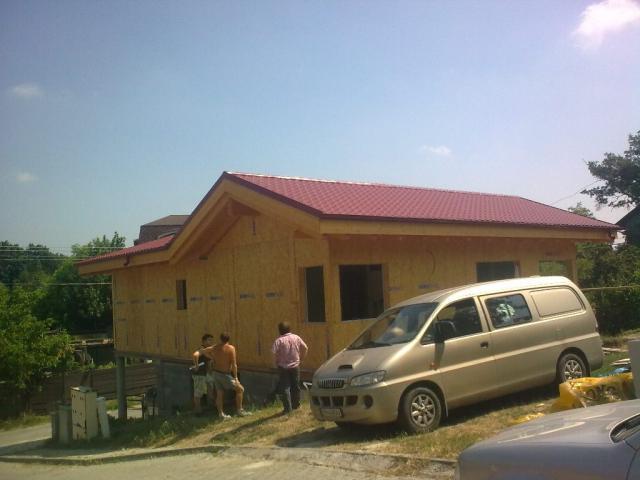 Drevená lepená konštrukcia, lepené lamelové nosníky - Rodinný dom Bratislava