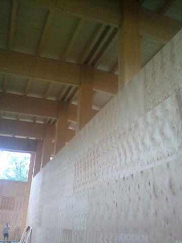 Drevená lepená konštrukcia, lepené lamelové nosníky - Soľný sklad Bešeňová