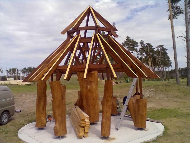 Drevená lepená konštrukcia, lepené lamelové nosníky - Golf Malacky hygienické a sociálne zázemie