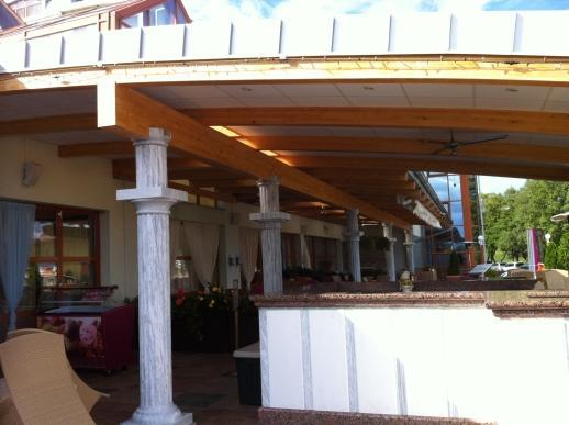 Drevená lepená konštrukcia, lepené lamelové nosníky - Hotel Kaskády Sielnica