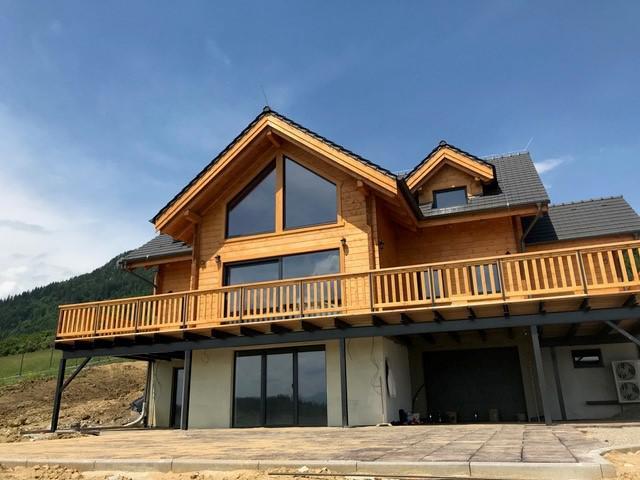 Drevená lepená konštrukcia, lepené lamelové nosníky - Rodinný dom – Liptovská Anna