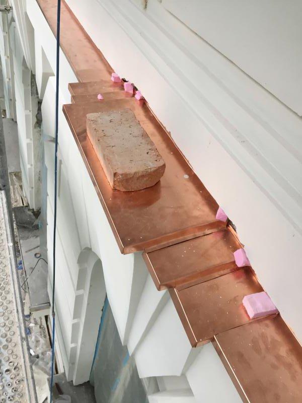 Drevená lepená konštrukcia, lepené lamelové nosníky - Gorkého 4, Rekonštrukcia strechy